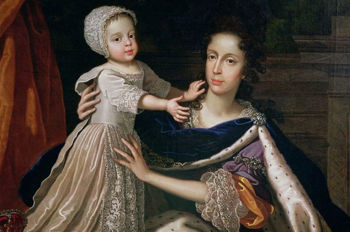Mary of Modena presents James Francis Edward Stuart to the paparazzi, 1688-style.