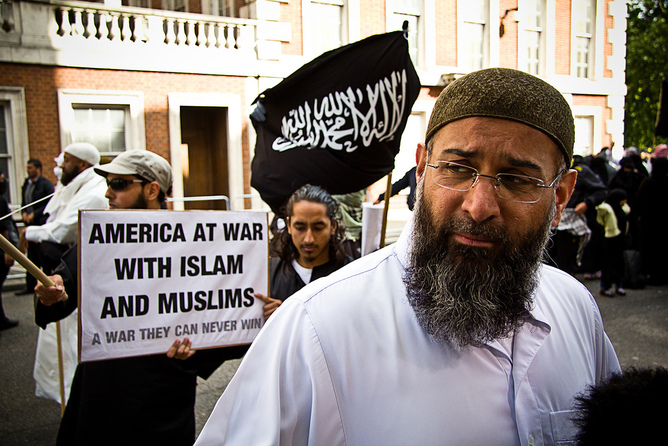Anjem Choudary garners media attention despite holding little credibility among mainstream Muslims. [Darkroom Productions via Creative Commons]